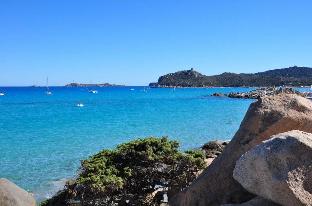 Isola dei Cavoli e Torre di Porto Giunco